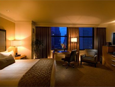 THIS ESTABLISHMENT HAS BECOME THE GWEN, A LUXURY COLLECTION HOTEL, CHICAGO Conrad Chicago