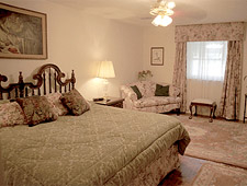 Lookout Lake Bed & Breakfast