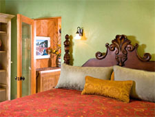El Farolito Bed & Breakfast Inn