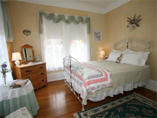 Joseph Mattey House Bed & Breakfast