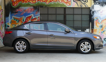 A side view of a 2013 Acura ILX Hybrid