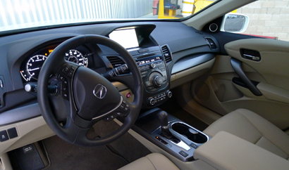 An interior view of a 2013 Acura RDX AWD Tech