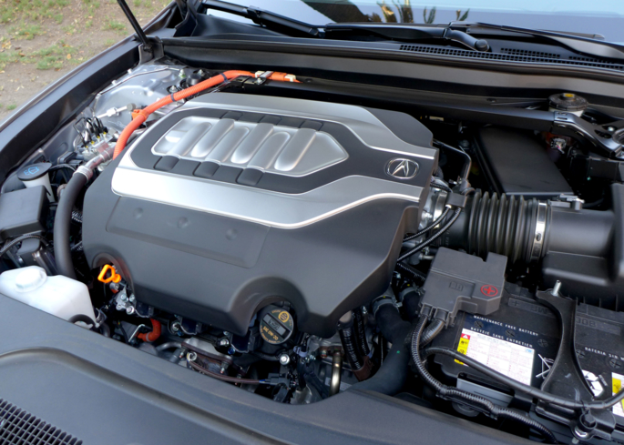 The 3.5-liter V6 of the Acura's RLX Hybrid