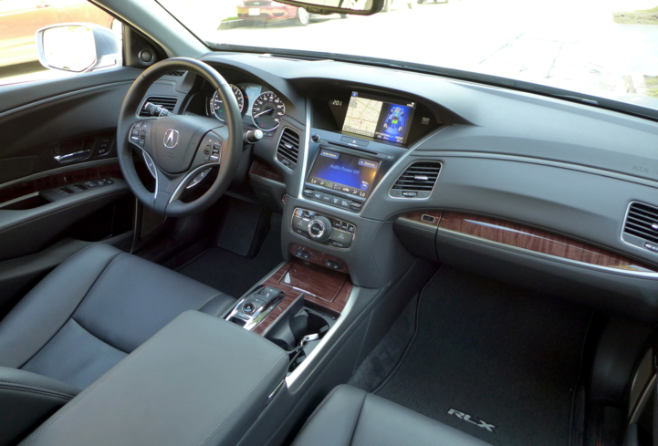 The 2016 Acura RLX Hybrid's seacoast interior finish