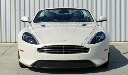 A front view of the 2013 Aston Martin DB9 Volante