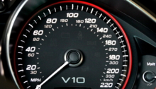 How fast can an audi R8 V10 go? Speedometer