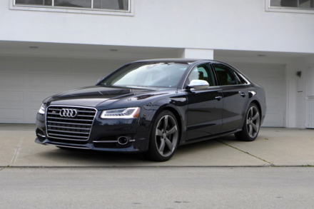 2015 S8 front view