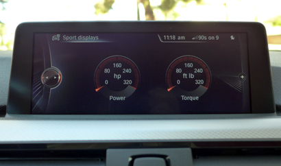 The sport displays of the 2014 BMW 435i Coupe