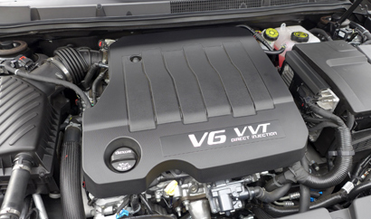 The 3.6-liter V6 engine of the 2014 Buick LaCrosse Premium