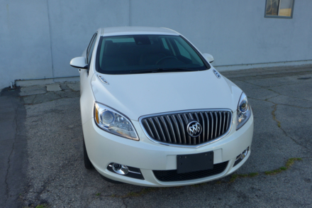 2014 Buick Verano front view