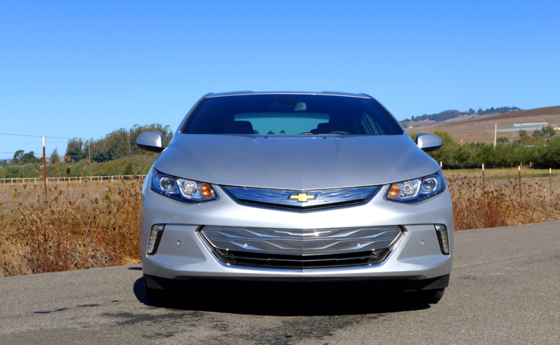 A front view of the 2016 Chevrolet Volt Premier