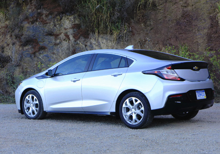 2016 Chevrolet Volt Premier side view
