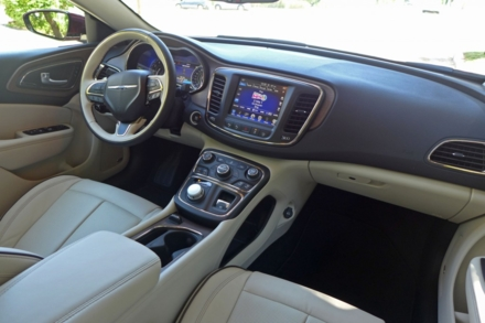 2015 Chrysler 200C interior