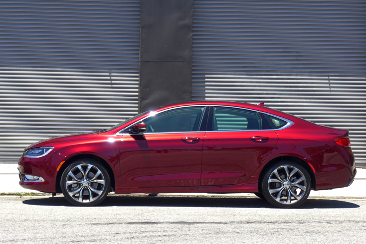 2015 Chrysler 200C Left side view
