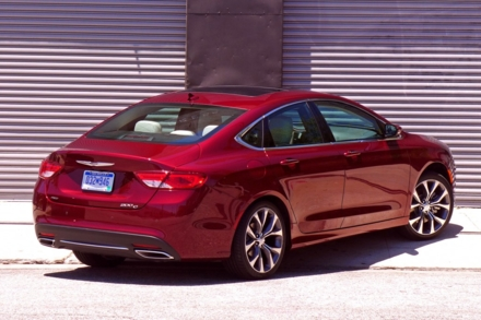 2015 Chrysler 200C rear view