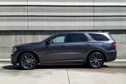 2014 Dodge Durango R/T RWD side view