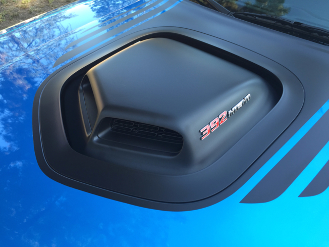 2015 Dodge Challenger Scat Pack Shaker close-up