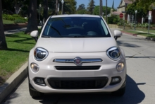 2016 Fiat 500X Lounge FWD front view