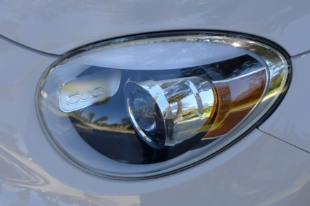 2016 Fiat 500X Lounge FWD headlight