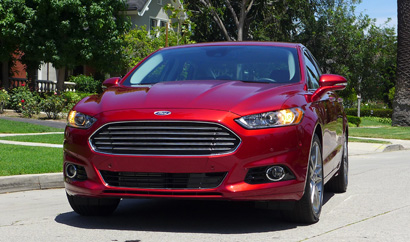 2013 Ford Fusion Titanium AWD front view