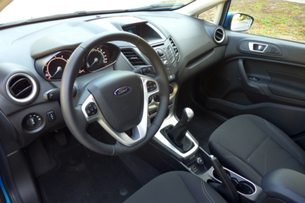 2014 Ford Fiesta SE interior