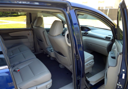 2015 Honda Odyssey 5-Door Touring Elite seats