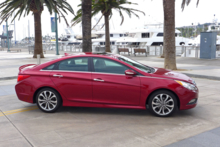 2014 Hyundai Sonata SE 2.0T side view