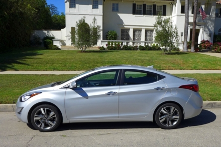 2015 Hyundai Elantra side view