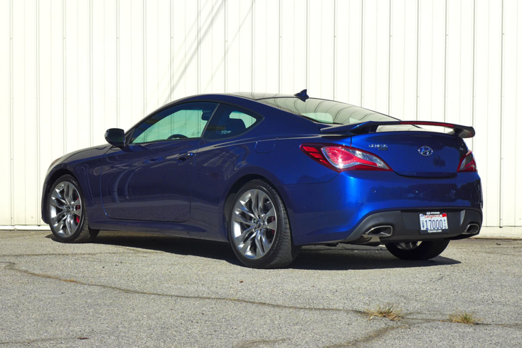 2015 Hyundai Genesis Coupe back view