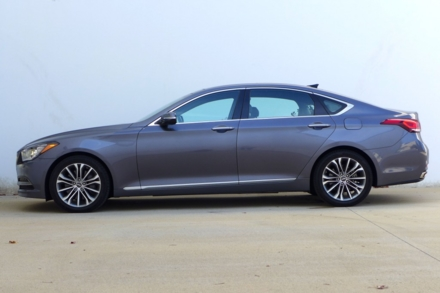 2015 Hyundai Genesis side view