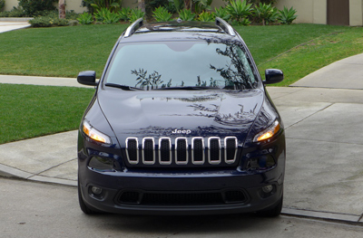 2014 Jeep Cherokee Latitude front view