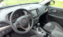 2014 Jeep Cherokee Latitude interior