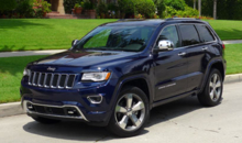 2014 Jeep Grand Cherokee Overland 4x4 front view
