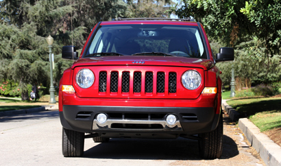 2014 Jeep Patriot Limited 4x4 front view