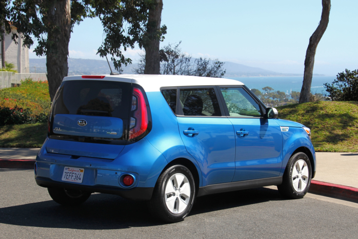 2015 Kia Soul EV rear view