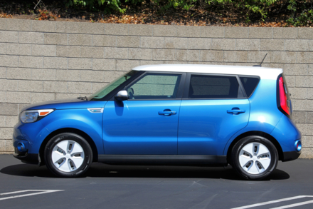 2015 Kia Soul EV side view