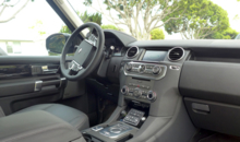 2014 Land Rover LR4 dashboard