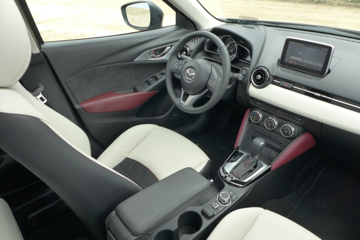 2016 Mazda CX-3 Grand Touring AWD interior