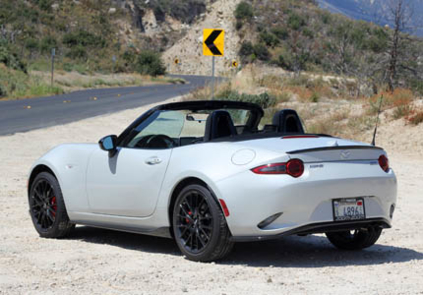 2016 Mazda MX-5 Miata Grand Touring back view