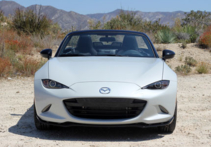2016 Mazda MX-5 Miata Grand Touring front view