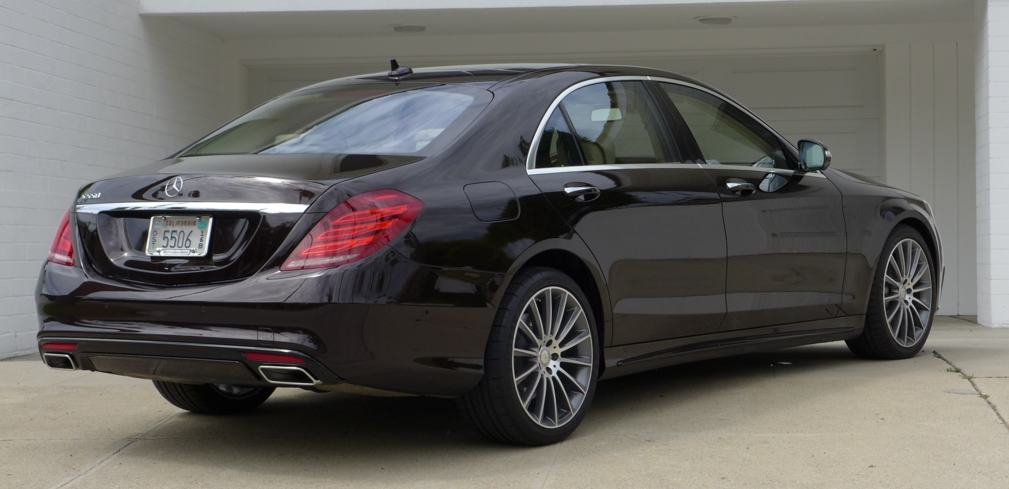 2015 Mercedes-Benz S550 Sedan rear view
