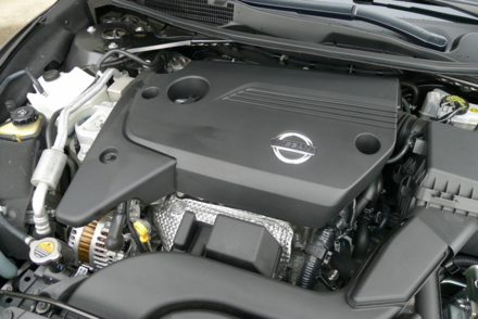 2013 Nissan Altima 2.5 SV engine