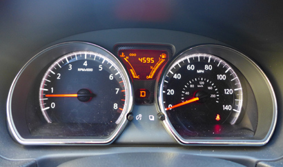 2014 Nissan Versa Note SV gauges