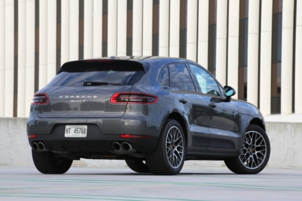 2015 Porsche Macan back view