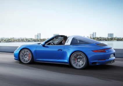 2016 Porsche 911 Targa 4 side view