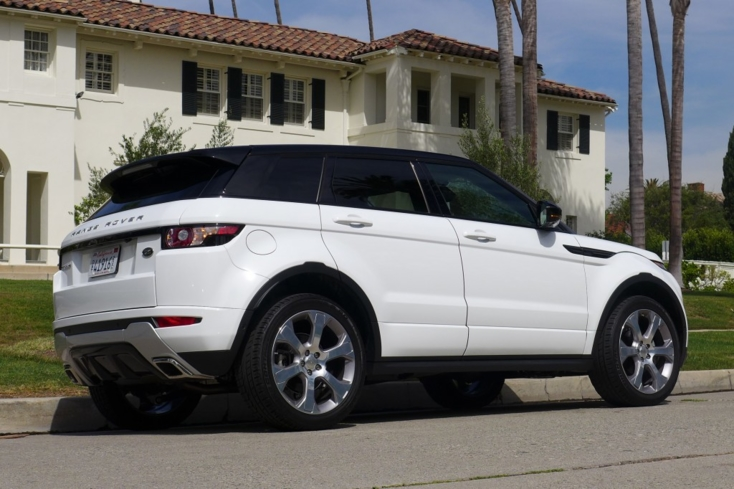 2015 Range Rover Evoque back view