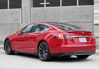 2016 Tesla Model S P90D Ludicrous rear view