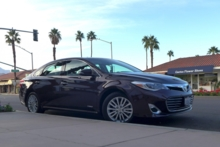 2015 Toyota Avalon Hybrid side view