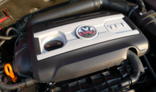 2014 Volkswagen GTI 4-Door engine