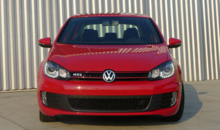 2014 Volkswagen GTI 4-Door front view